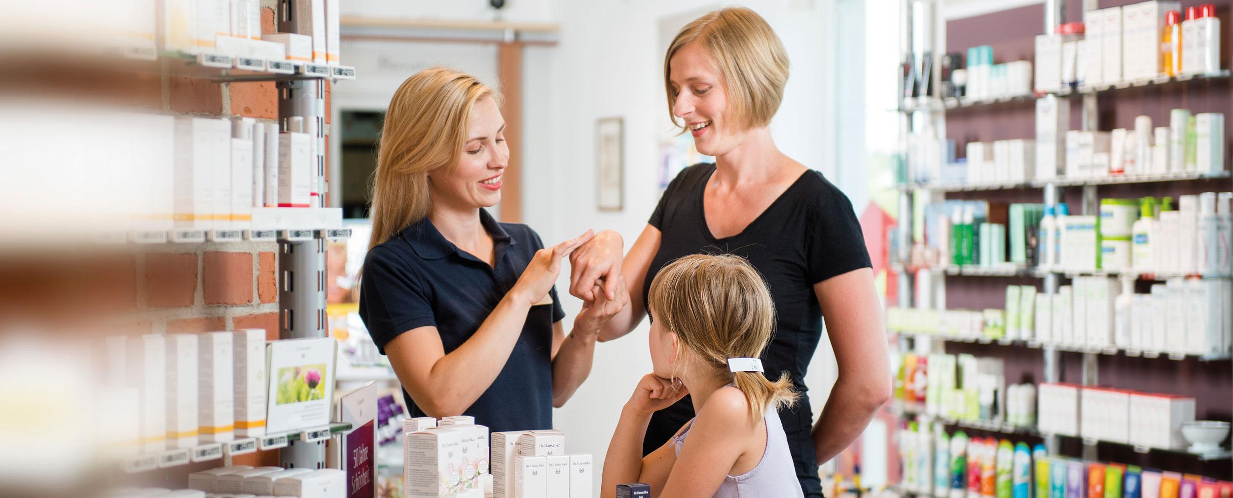 Sliderfotos-stadtapotheke-service-angebote-kosmetik